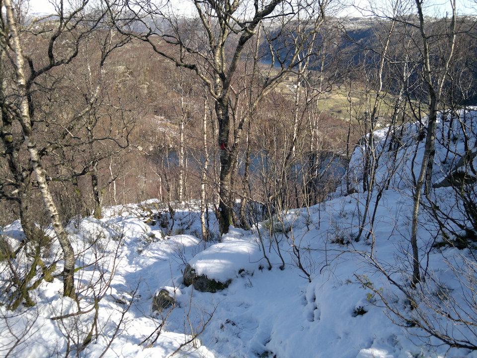 Snøen kom litt oppe i fjellsiden